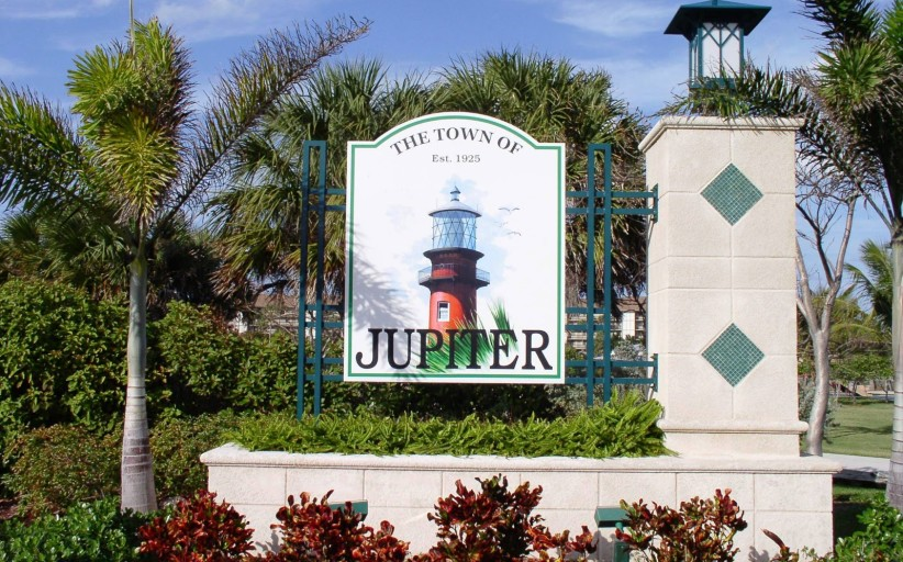 5 Jupiter Single Family Homes UNDER $300k!